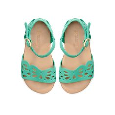 Baby girl sandals:
