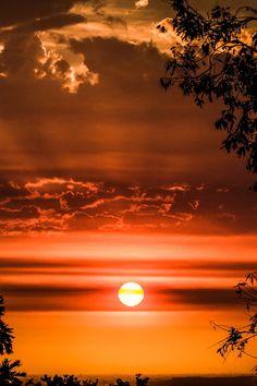 Smoky Sunset                                                                                                                                                      Más                                                                                                                                                      Más