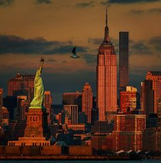 """""""Tonight's sunset on the Empire State Building & Statue of Liberty in New York (📷: Ny Skyline, New York Sites, New York Architecture, New York Photos, The Great Escape, I Love Ny, Empire State Building, Beautiful World, Statue Of Liberty"""
