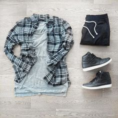 WEBSTA @ mensfashionneeds - Black x Grey.••Check Out More At: @mensfashionneeds••Check out: www.mensfashioneeds.com at profile for the hottest fashion deals and advice••#fashion, #mensfashion, #menswear