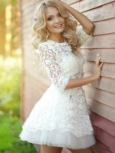 2016 popular long sleeve Lace see through cute homecoming prom dress The lace see through homecoming dresses are fully lined, 8 bones in the bodice, chest pad in the bust, lace up back or zipper back