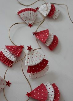 16 Simple Christmas Craft Decorations Ideas For Kids