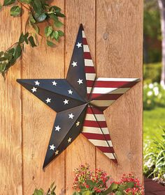 "24"" Metal Americana Patriotic Star Wall Ground Stake Decor Stars and Stripes NEW 