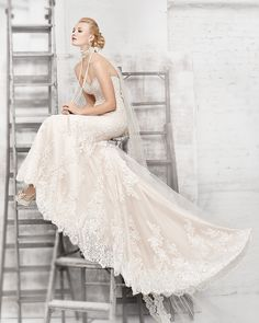 Alan Evans Bridal helps brides find the dress of their dreams. Full service bridal & wedding store serving the Fargo, North Dakota and Moorhead, Minnesota area.