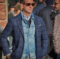 Suitsupply #outwear #suitsupply #Elegance #Fashion #Menfashion #Menstyle #Luxury #Dapper #Class #Sartorial #Style #Lookcool #Trendy #Bespoke #Dandy #Classy #Awesome #Amazing #Tailoring #Stylishmen #Gentlemanstyle #Gent #Outfit #TimelessElegance #Charming #Apparel #Clothing #Elegant #Instafashion