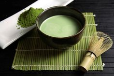 """""""Matcha"""" -- the green tea powder that is used in Japanese tea ceremony. It has its own special scent other than the usual green tea and it tastes sweet and creamy. Matcha also has been used as a flavor in bake. Matcha Tea Health Benefits, Green Tea Benefits, Green Tea Soap, Matcha Green Tea, Tea Japan, Green Tea Facial, Japanese Matcha, Japanese Diet, Japanese Tea Ceremony"""