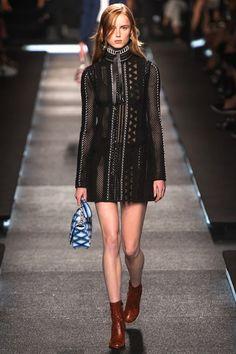Spring/Summer 2015 Ready-To-Wear Louis Vuitton  Paris fashion Week 1 October 2014