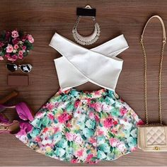 Stylish V-Neck Sleeveless Solid Color Blouse + Floral Print Skirt Women's Twinset