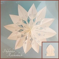 Butterbrottütenstern 04 - Fashion and Recipes Christmas Time, Christmas Crafts, Christmas Ornaments, Holiday, Paper Snowflakes, Paper Stars, Paper Crafts Origami, Origami Easy, How To Make Paper Flowers