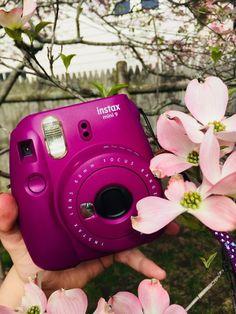 I LOVE my Instax Camera! - Instax Camera - ideas of Instax Camera. Trending Instax Camera for sales. - I LOVE my Instax Camera! Polaroid Instax Mini, Fujifilm Instax Mini, Poloroid Camera, Instax Mini 9, Fuji Instax, Camara Fujifilm, Polaroid Pictures, Polaroids, Camera Wallpaper
