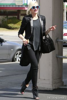 Gwen Stefani out in Studio City, California - March 2, 2013 | #style