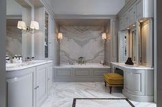Bespoke design from the Bath Couture service: classic Bathroom by Devon & Devon Classic Style Bathrooms, Classic Bathroom, Modern Bathroom Design, Bathroom Interior Design, Modern Design, Room Photo, Devon Devon, Italian Bathroom, Walk In Shower Designs