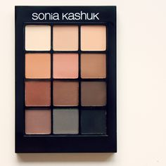Have you tried the Sonia Kashuk Eye Couture Eye Palette (Eye On Neutral)?  We thought it was one of the better drugstore matte #eyeshadow palettes available! Check out the full #Beautypedia reviews for the details.
