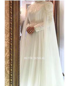 Elegant Wedding Dress With Hijab Dresses Elegant, Most Beautiful Dresses, Elegant Wedding Dress, Nice Dresses, Wedding Dresses, Hijab Bride, Wedding Hijab, Wedding Bridesmaids, Bridesmaid Dresses