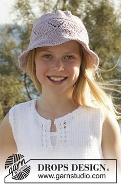 DROPS tunic and hat knitted with a lace pattern in Muskat or Belle. Free pattern by DROPS Design.