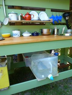 our mud kitchen or perhaps a potting table? Eyfs Outdoor Area, Outdoor Fun, Natural Playground, Outdoor Playground, Mud Kitchen For Kids, Outdoor Learning Spaces, Family Day Care, Big Garden, Outdoor Classroom