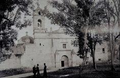 Learn about the history of one of the magical neighborhoods of the CDMX: San Ángel Jaime Farell Campos San Jacinto, México City, Old Photographs, Cool Photos, Amazing Photos, Notre Dame, Taj Mahal, The Neighbourhood, Pokemon