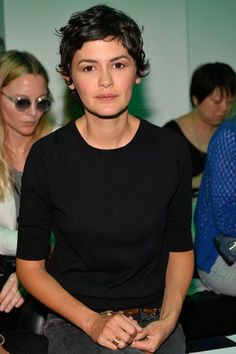 Audrey Tautou at Gareth Pugh Spring 2014 Ready-to-Wear Collection Curly Hair Cuts, Short Curly Hair, Wavy Hair, Short Hair Cuts, Curly Hair Styles, Hair Day, New Hair, Pelo Pixie, Audrey Tautou
