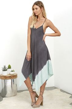 dd70c3aa169 Beach Bungalow Charcoal Grey Dip-Dye Midi Dress at Lulus.com! Boho Look