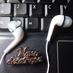 Quieres ver nuestras propuestas #online Nanodelarosa.com y disfruta de la buena música en tus #headphones . Regístrate, entra y disfruta: #bags #moda & more. Pensando en que regalar por el #diadelamadre #primerdomingodemayo , no lo tienes claro ??? Pues nosotros tampoco, espero que lo sepas por eso hemos traído un sin de propuestas en #bags #moda & more para que te resulte fácil escoger lo que mas le pueda gustar te recordamos que estamos en #outletgacela y #bolsosazkona…