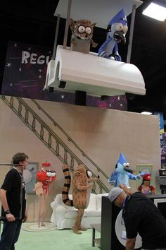 12 Jaw-Dropping Booths From Comic-Con. Oh my god these are incredible!