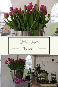 Tulpen sind immer ein imposanter Hingucker im Haus. Egal, ob in einer Vase auf der Fensterbank oder vielleicht sogar in einer großen Vase auf dem Fußboden: Die farbenfrohen Bluhen passen in die Küche, Wohnzimmer, Esszimmer und auch in den Flur. Bei dieser Deko-Idee in der silber-farbenen Vase werden gleichfarbige rosa Tulpen platziert – bunt geht natürlich auch.