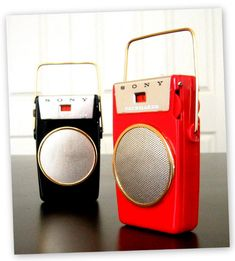 SONY PACEMAKER TR-610 - Focusing on the design of pocket transistor radios manufactured during the 1950s & 1960s!