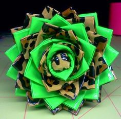 duct tape flower pen - leopard/green