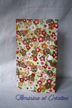 d307de8e7836 Porte chéquier en tissu japonais à fleurs multicolores format portefeuille    Porte-monnaie, portefeuilles