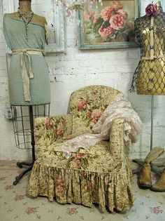 Junk Gypsies style. Love the look of the chair