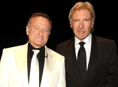 Robin Williams and  Harrison Ford posed together during Mike Nichols AFI Lifetime Achievement Award ceremony in 2010.