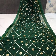 Gota Patti Saree, Banarasi Lehenga, Night Suit, Work Sarees, Party Wear Dresses, Cutwork, Pakistani Dresses, Cotton Dresses, Fancy