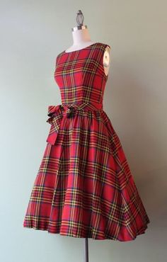 Vintage Full Skirt Red Tartan Dress All The Dresses is part of Red tartan dress - Sorry to mention the C word, but this just looks like the perfect Christmas dress to me Red tartan, full skirt, nipped waist, it's just perfect I'd want a Vintage Outfits, Vintage Style Dresses, 50s Dresses, Pretty Dresses, Beautiful Dresses, Fashion Dresses, Dress Vintage, Vintage Fashion 1950s, Vintage Mode