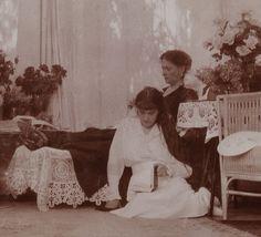 Alexandra & Anastasia