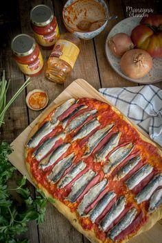 Manzana&Canela: Coca de sardinas con sofrito de tomate y pimientos del Piquillo. ¡Y sorteo de tomate para un año!