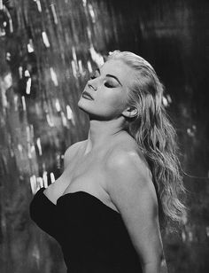 Anita Ekberg, Sept 1931 – 11 Jan International Screen Beauty, Dies at She was a Swedish actress, model, and sex symbol. She is best known for her role as Sylvia in the Federico Fellini film La Dolce Vita Anita Ekberg, Vintage Hollywood, Hollywood Glamour, Hollywood Stars, Divas, Fred Astaire, Image Cinema, Stars D'hollywood, Anouk Aimee