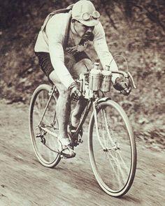 Paris - Roubaix :Le Wallon Gaston Rebry circa 1931