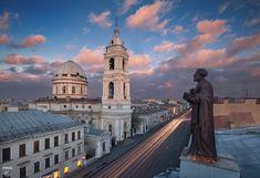 Eglise Sainte Catherine - 27A Ligne des Cadets - Saint Petersbourg - Construite de 1811 à 1823 par l'architecte A. A. Mikhailov, le clocher a été construit en 1863 par F. I. Nesterov.