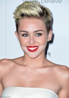 Miley Cyrus Do not Want To Change Her Hairstyle