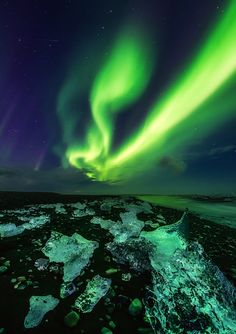 Awesome Northern Lights at Jökulsárlón, Iceland. l want to go see this place one day.Please check out my website thanks. www.photopix.co.nz