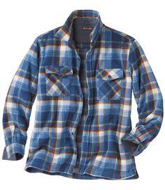 Hemdjacke aus Fleece: Diese Hemdjacke aus Fleece ist das ideale Outfit für den Herbst. Sie ist wärmer als ein Hemd und leichter als eine Jacke.  http://www.atlasformen.de/products/neue-kollektionen/im-herzen-der-highlands/hemdjacke-aus-fleece/44772.aspx