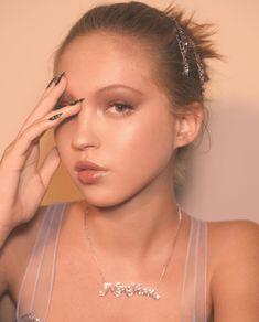 Lila Moss Shines for Marc Jacobs Beauty Ads Lila Grace Moss, Lila Moss, Kate Moss, Eyeliner Looks, Winged Eyeliner, Nikkie Tutorial, Campaign Fashion, Beauty Ad, Eye Of Horus