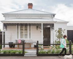 A modern-classic Victorian cottage renovation. Victorian Cottage, Modern Victorian, Victorian Terrace, Victorian Homes, Weatherboard House, Queenslander, Cottage Renovation, House Renovations, Cottage Exterior