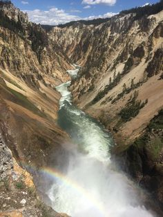 The Grand Canyon of Yellowstone Wyoming [OC] [1334x750]   landscape Nature Photos