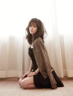 한지민 Allure 한국, (Han Ji-Min in Allure Korea, July Han Ji Min, Korean Beauty, Asian Beauty, Pretty People, Beautiful People, Amazing People, Just Beauty, Korean Actresses, Sexy Poses