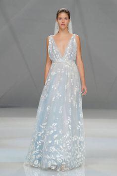 vestidos de novia de color azul