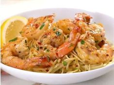 Shrimp 🍤 and pasta together in one delicious scampi. Super easy to make too! Simply sauté shrimp in the zesty white wine and butter scampi… Scampi Sauce, Scampi Recipe, Seafood Recipes, Pasta Recipes, Cooking Recipes, Fish Recipes, How To Cook Shrimp, How To Cook Pasta, Torta Banoffee