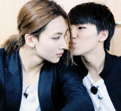 so cute maknae and jeonghan <3 awww ;D