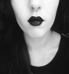 labret piercing, body, piercings, for girls, ideas, photo