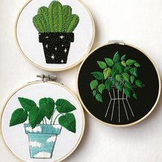 Can it be saturday already? I need more time to stitch  #embroideryhoopart #embroiderydesign #embroideryhoop #succulent #leafs #cactus #bordado #bordadoamano #handmade #handembroidery